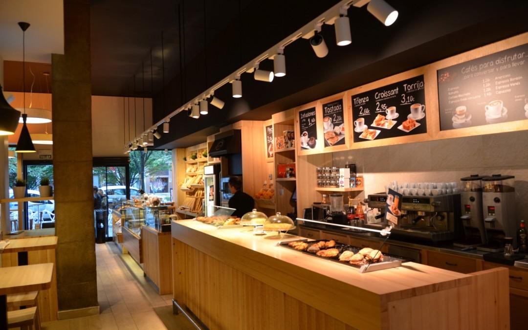 Reforma cafetería panaderia Tahona